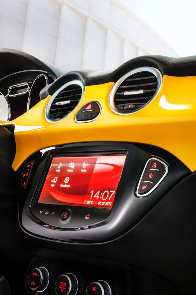 Foto de Opel Adam (47/50)