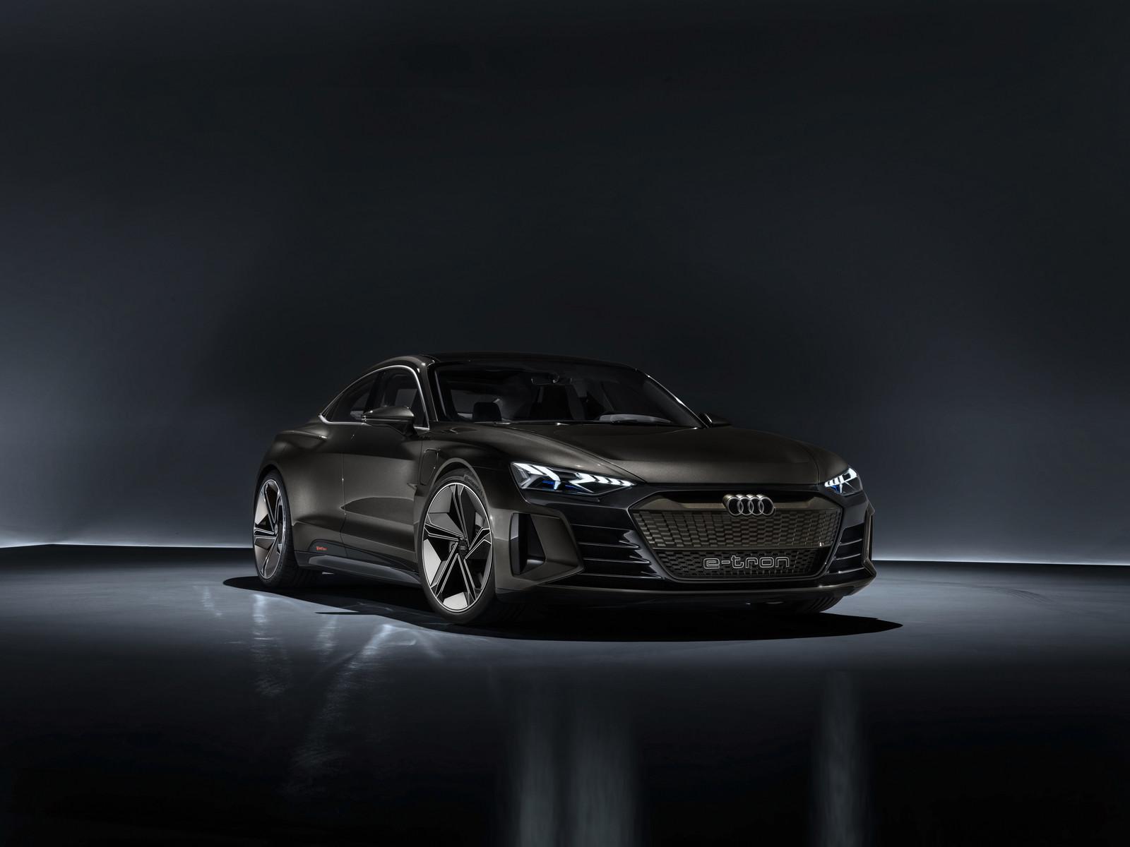 Foto de Audi e-tron GT concept 2018 (31/55)