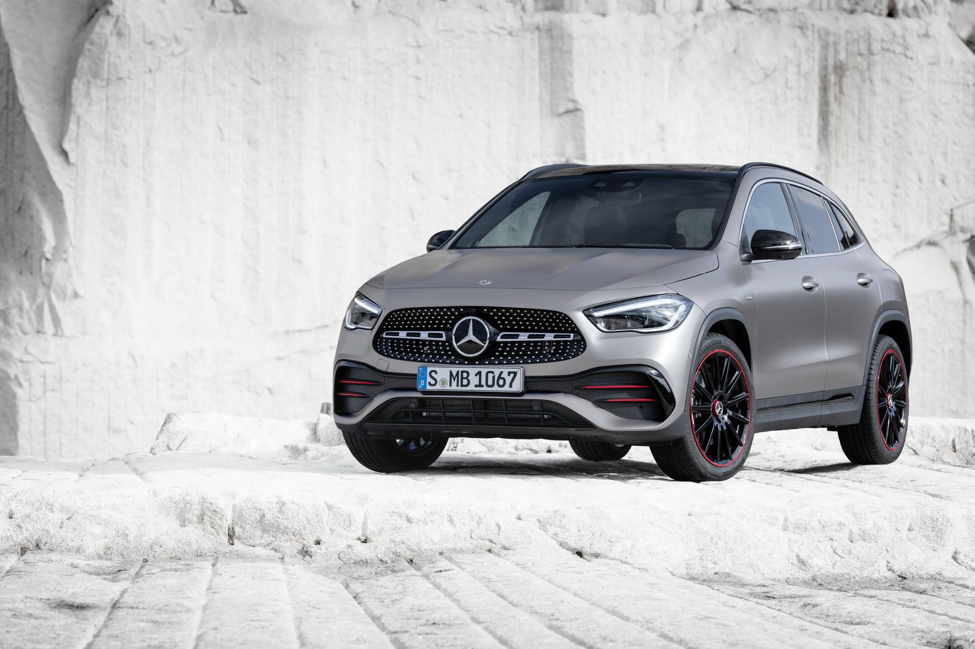 Foto de Mercedes-Benz GLA 2021 (52/103)