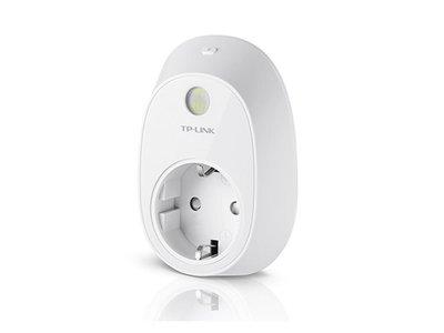 Oferta flash en Amazon: sólo hasta esta tarde, el enchufe inteligente TP-Link HS110 te sale por 31,33 euros