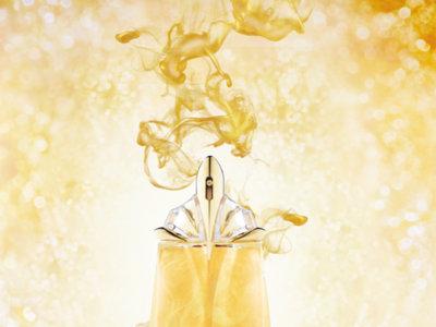 La Shimmer Edition del perfume Alien de Thierry Mugler combina los aromas solares con las cálidas noches de verano