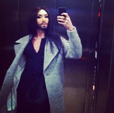 Vaya telonera se ha buscado Lady Gaga: ¡Conchita Wurst!