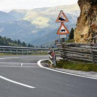 Austria premia en vez de prohibir: los coches eléctricos podrán ir más rápido que los de combustión
