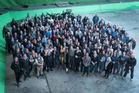El equipo de Wonder Woman al terminar el rodaje