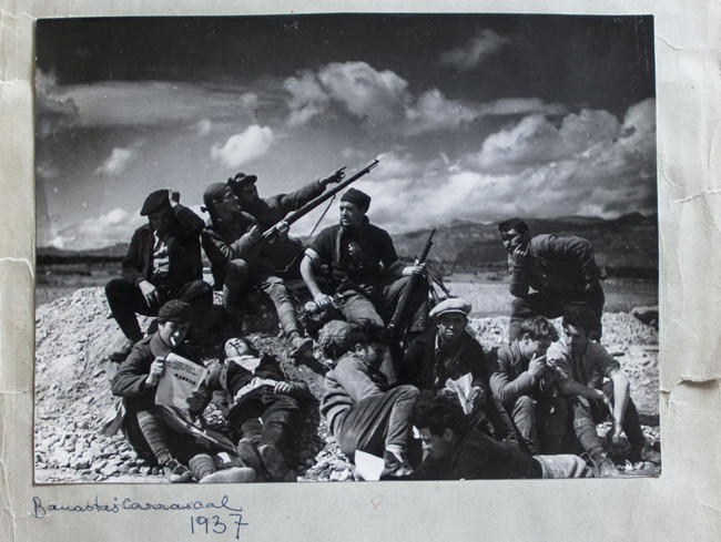 5b Militiamen In The Outskirts Of Banastas Aragon Recto And Verso 1937