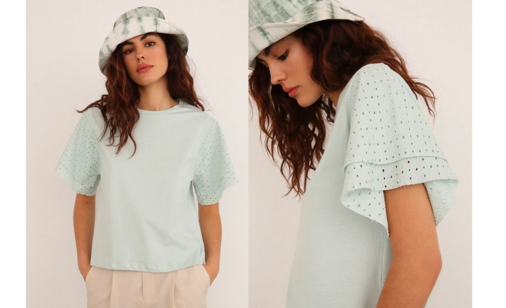 Camiseta de mujer de manga corta con calados