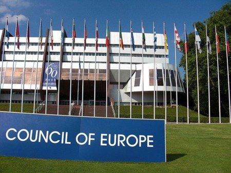"""Jeroen Schokkenbroek, del Consejo de Europa, advierte que """"no hay que pasarse"""" con la legislación antidescargas"""