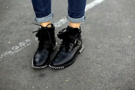 Duelo de botines Saint Laurent: su nuevo calzado crea adicción