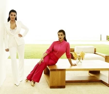 Kim y Kourtney Kardashian amenazan con liarla parda en Miami