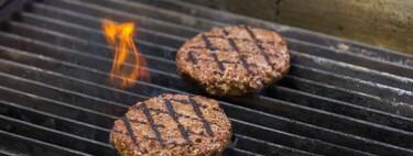 """Europa vota prohibir llamar """"hamburguesa"""" a los productos vegetales: y toda la industria tiene intereses en uno u otro bando"""