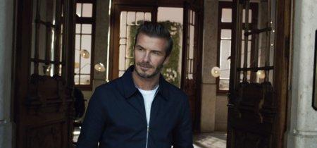 ¿Te acuerdas del vídeo en el que todo el mundo vestía como David Beckham? Pues ya puedes conseguir toda la ropa que llevaba el exfutbolista