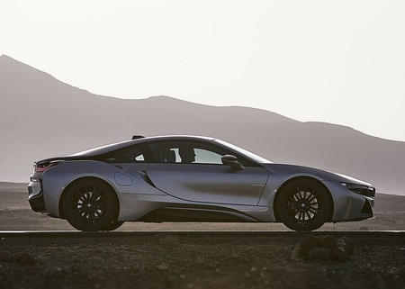 Bmw I8 Coupe 2019 1280 08