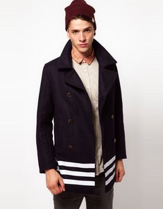 El 'peacoat', el abrigo preferido de este otoño-invierno 2012/2013 (II)
