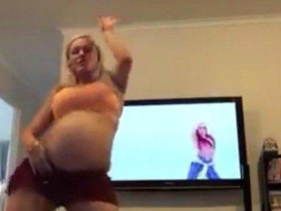 No te pierdas a esta madre bailando Justin Bieber para inducir su parto (4 horas después se ponía de parto)