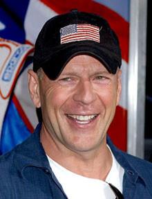 Bruce Willis expulsado de un local de Briatore