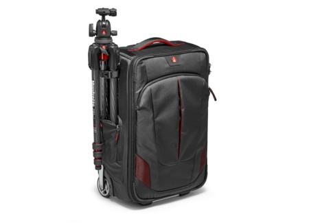 Manfrotto Pro Light Reloader-55, la maleta a medida para fotógrafos viajeros