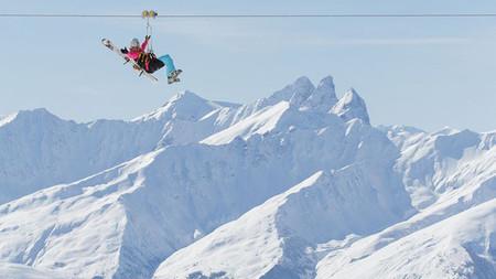 La tirolina más alta del mundo está en Val Thorens, a 3.000 metros de altura