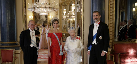 Repasamos todos los (grandes) looks de la reina Letizia en su viaje a Londres