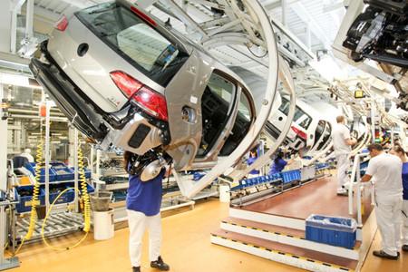 Volkswagen pone en marcha un turno adicional en la fábrica del Golf
