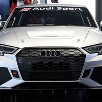 Audi entrega los primeros RS 3 LMS de carreras, menos potentes que el de calle