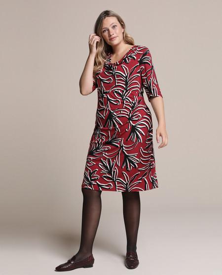 Los Vestidos De Woman Plus De El Corte Ingles Son Todo Lo Que Estabas Buscando Para Triunfar Con Un Look De Talla Grande