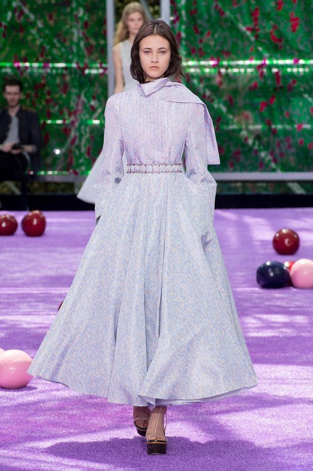 Foto de Christian Dior Alta Costura Otoño-Invierno 2015-1026 (13/57)