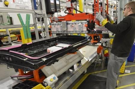 Fabricacion Nissan Leaf 650 26