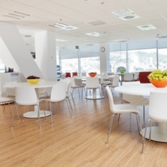 Foto 3 de 6 de la galería espacios-para-trabajar-las-oficinas-de-softonic en Decoesfera