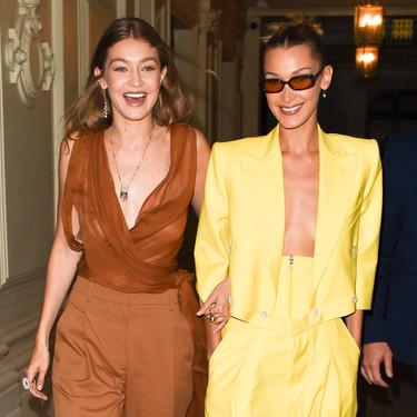 Bella y Gigi Hadid sorprenden con dos looks espectaculares a la salida de su hotel de París, el amarillo está de moda
