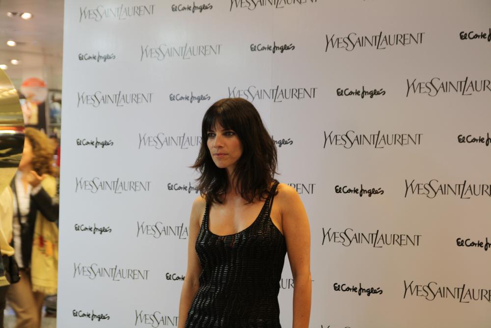 Maribel Verdú es la madrina del nuevo maquillaje de Yves Saint Laurent