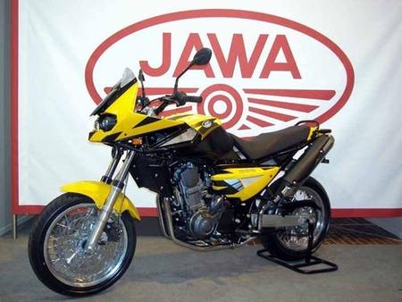 Jawa celebra su 80 cumpleaños con una nueva moto