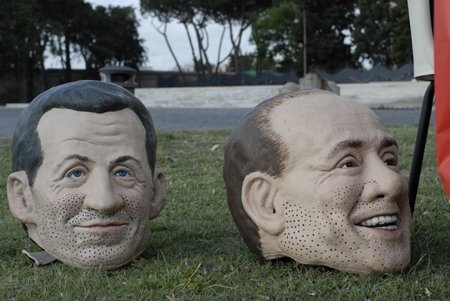 Berlusconi quiere publicar las declaraciones de la renta de los italianos en la red