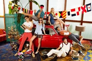 Tommy, campaña Primavera-Verano 2011 con una estupenda y acertada inyección de color
