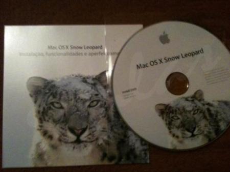 snow-leopard-dvd.jpg