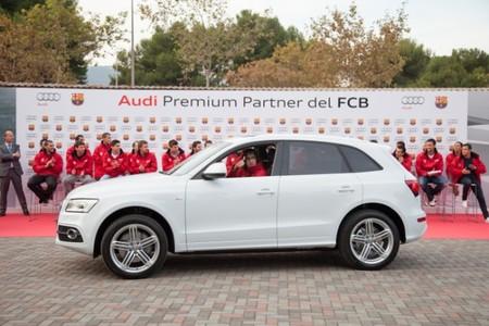 Los jugadores del FC Barcelona también reciben sus nuevos Audi