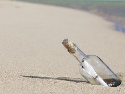 El internet acuático del pasado: botellas de agua