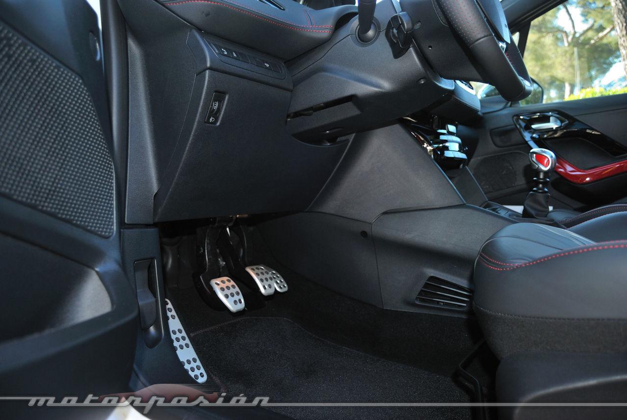 Foto de Peugeot 208 GTi (presentación) (20/42)