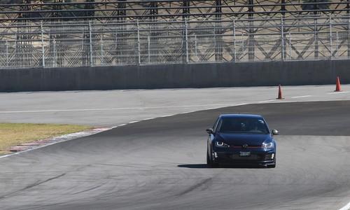 Pocas reuniones de amigos son tan divertidas como el Volkswagen GTI Track Day