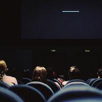 Apple quiere estrenar sus películas en el cine antes de que lleguen a Apple TV+, según WSJ