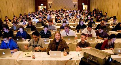 Imagen de la semana: Estudiantes en la WWDC'05