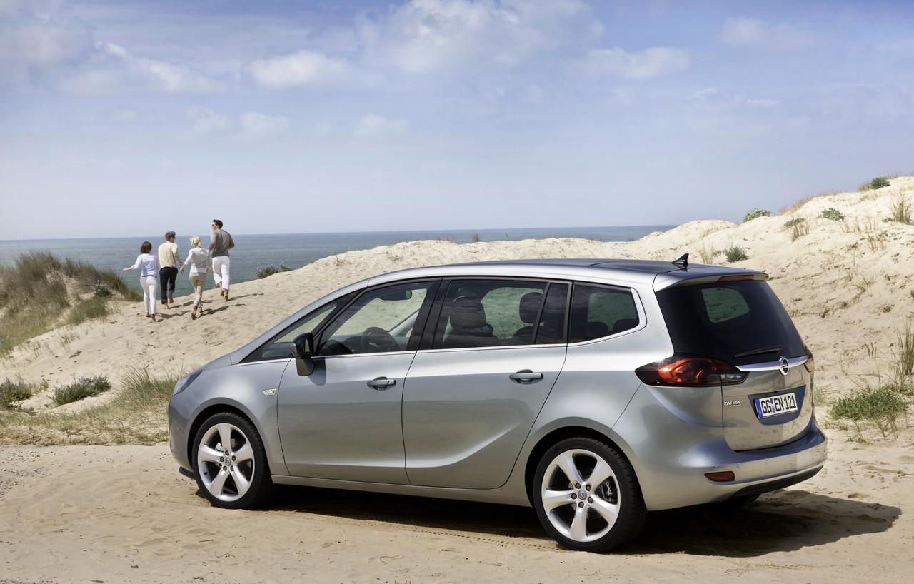 Foto de Opel Zafira Tourer (8/23)