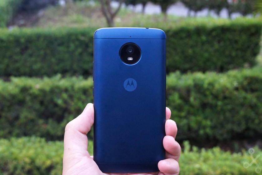 738eb178663 Moto E4 Plus, análisis: Motorola regresa a la gama media-baja en México con  una batería que dura dos días