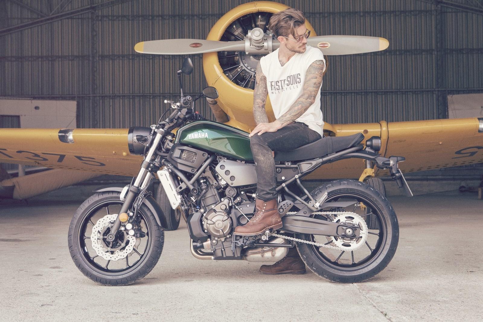 Foto de Yamaha XSR700 en acción y detalles (23/41)