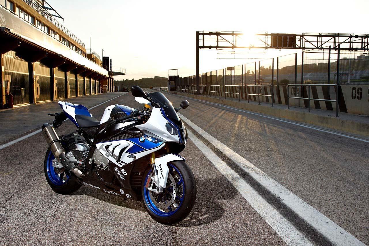 Foto de BMW HP4, nueva mega-galería y vídeo en acción en Jerez (68/155)