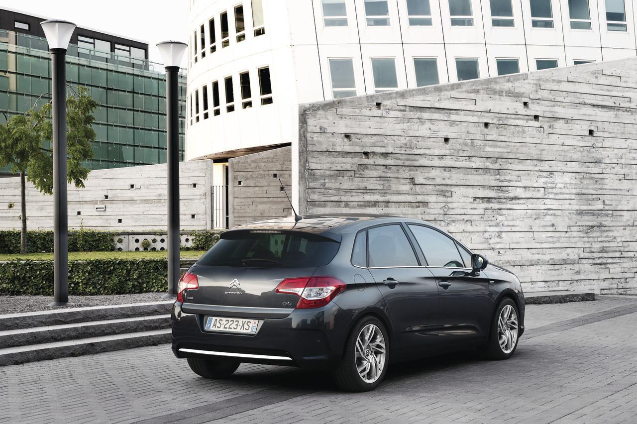 Foto de Citroën C4 2011 (26/40)