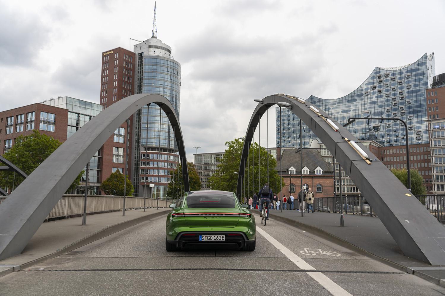 Foto de Porsche Taycan prueba contacto (219/275)