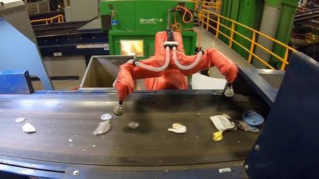 El MIT confía en nuevos robots con capacidades táctiles para optimizar el reciclaje y hacer frente a la crisis de residuos