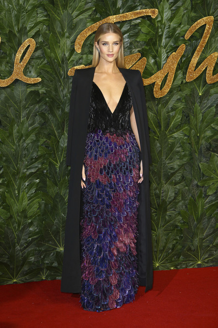 Alfombra Roja British Fashion Awards 2018 Rosie Huntington Givenchy