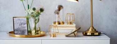 25 bandejas decorativas y cinco ideas para dar con ellas un toque de estilo a cualquier habitación de la casa