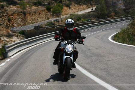 Ducati Monster 821, presentación prensa español